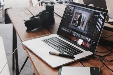 Laptop mit DSLR - E-Casting