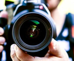 Handkamera / Bild: © Terje Sollie / Pexels