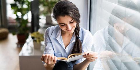 Buch lesen zum Thema mit Handy filmen